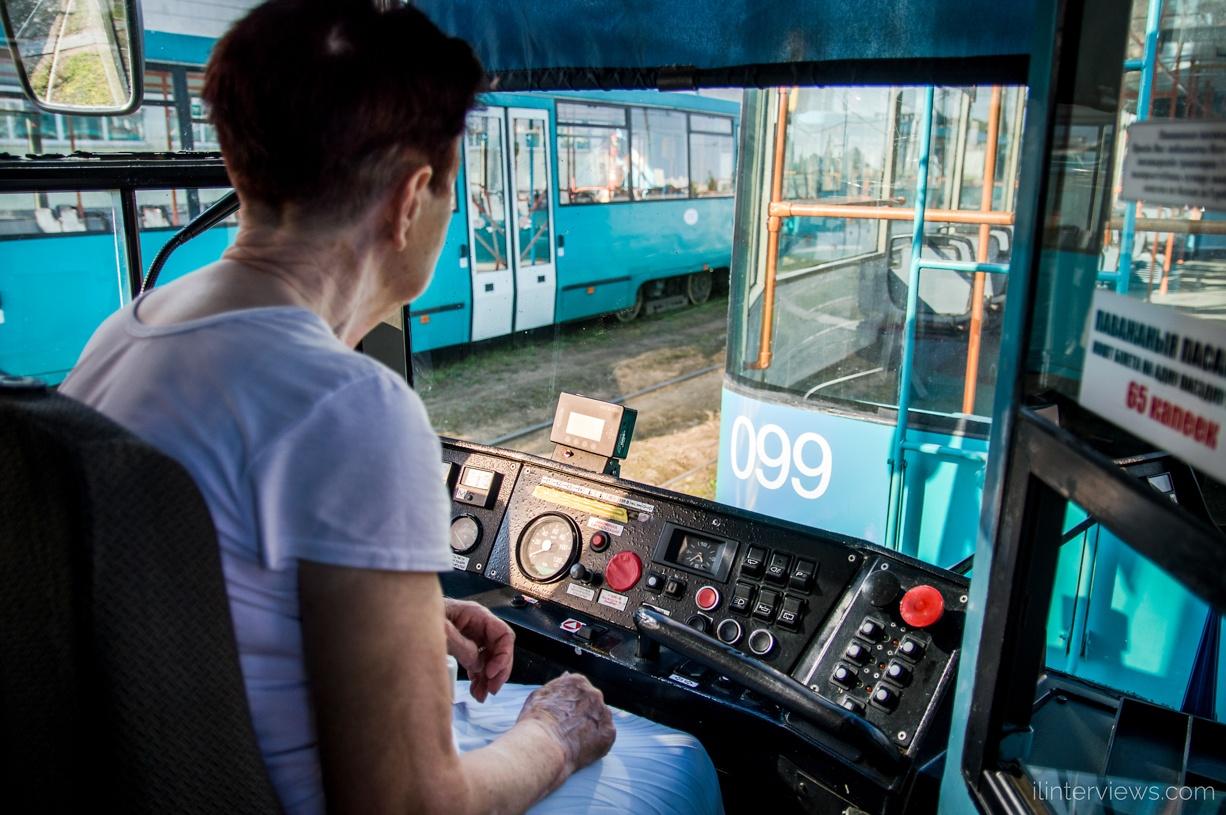 управление трамваем